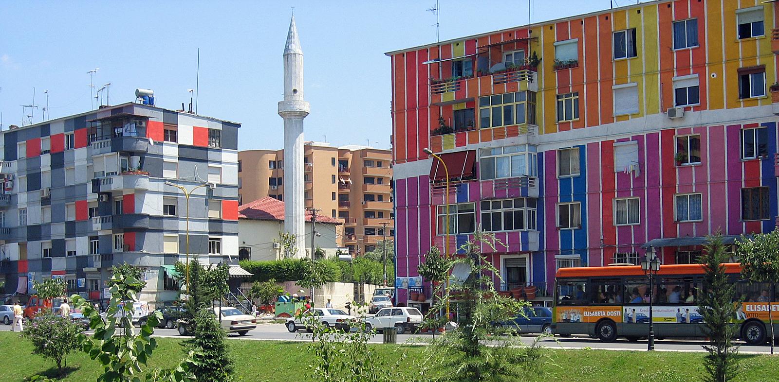 «Io sono albanese», l'Albania vista da padre Santucci