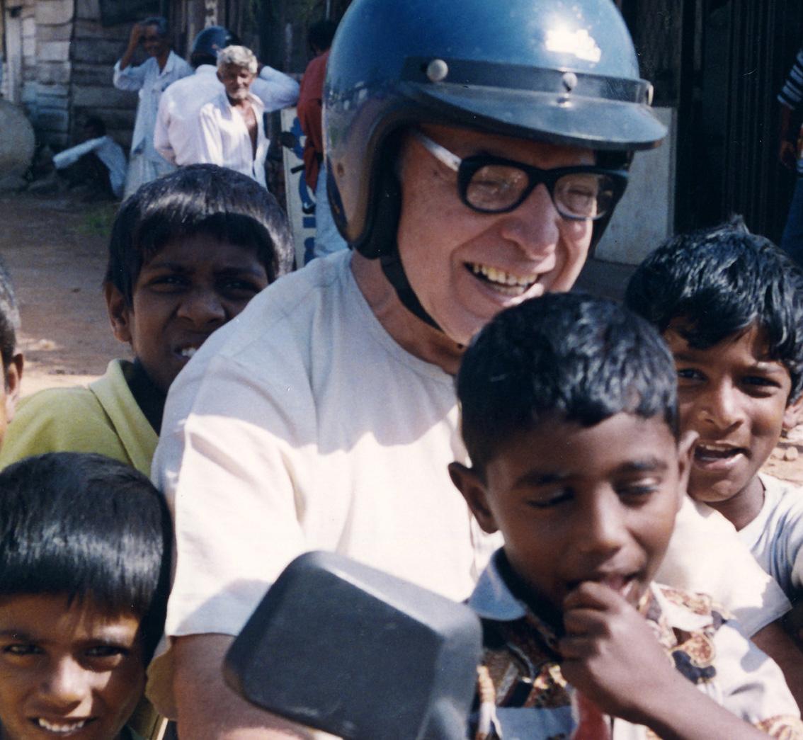 Un libro per ricordare padre Catalano e il suo impegno in Sri Lanka