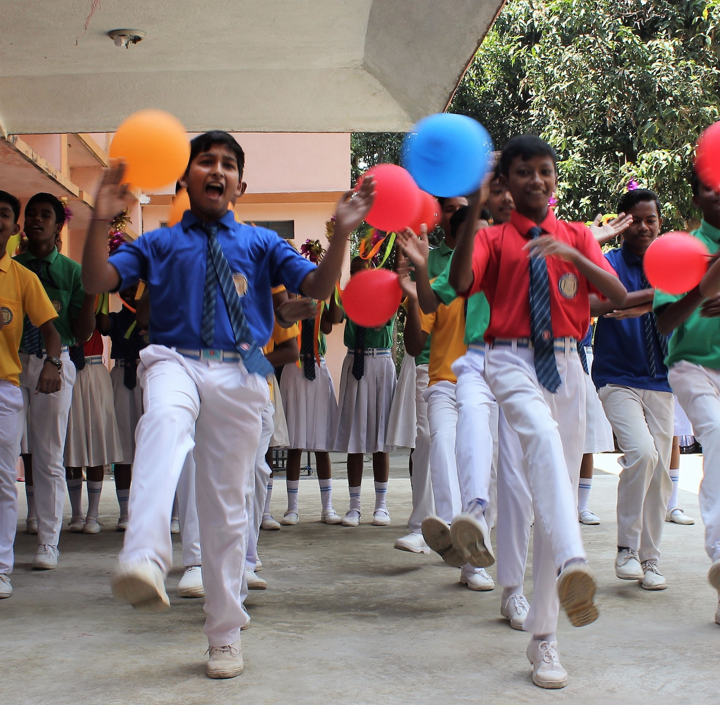 Educazione degli adivasi
