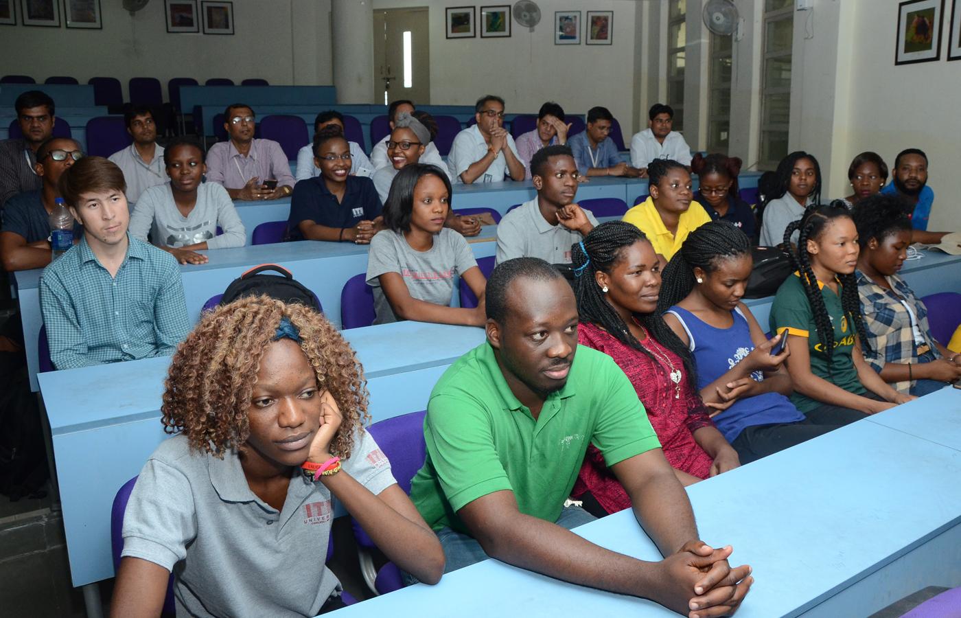 Costa d'Avorio. A scuola di pace