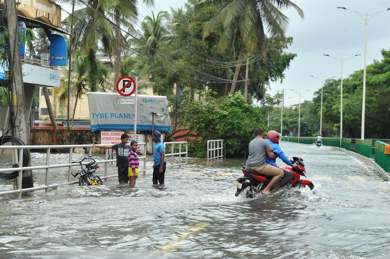 Soccorso alle popolazioni colpite dalle inondazioni in Kerala