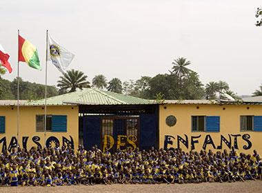 «Maison des enfants, un anno di ricostruzione»