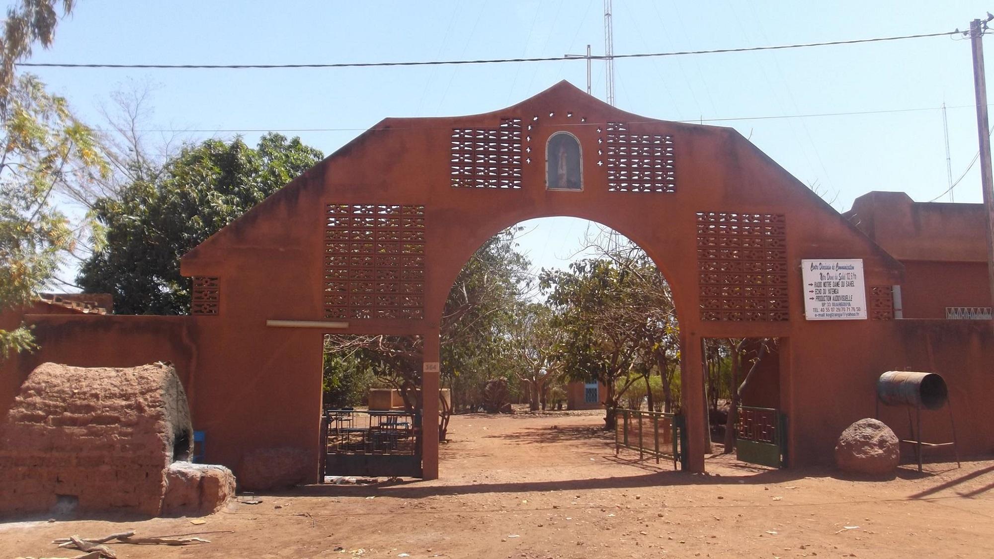Nuovo attacco terroristico: uccisi altri quattro cristiani nella Diocesi di Ouahigouya