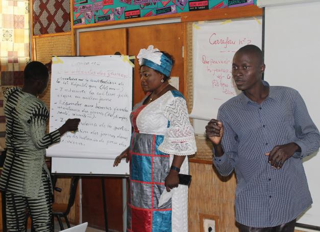 Formazione dei giovani alla leadership politica