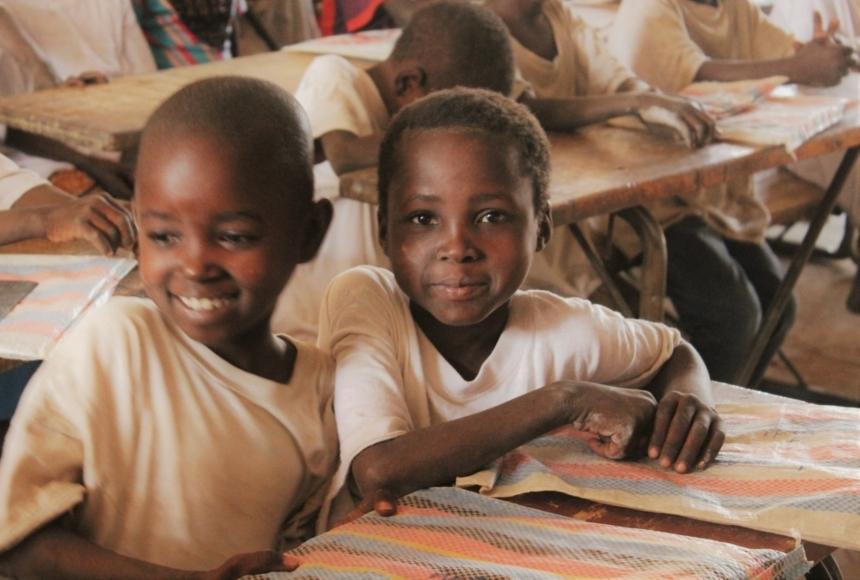 Mensa per gli alunni della Scuola St. Philippe d'Abobo